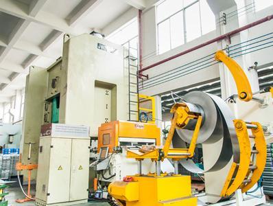 联合之星精密冲裁加工中心机械设备
